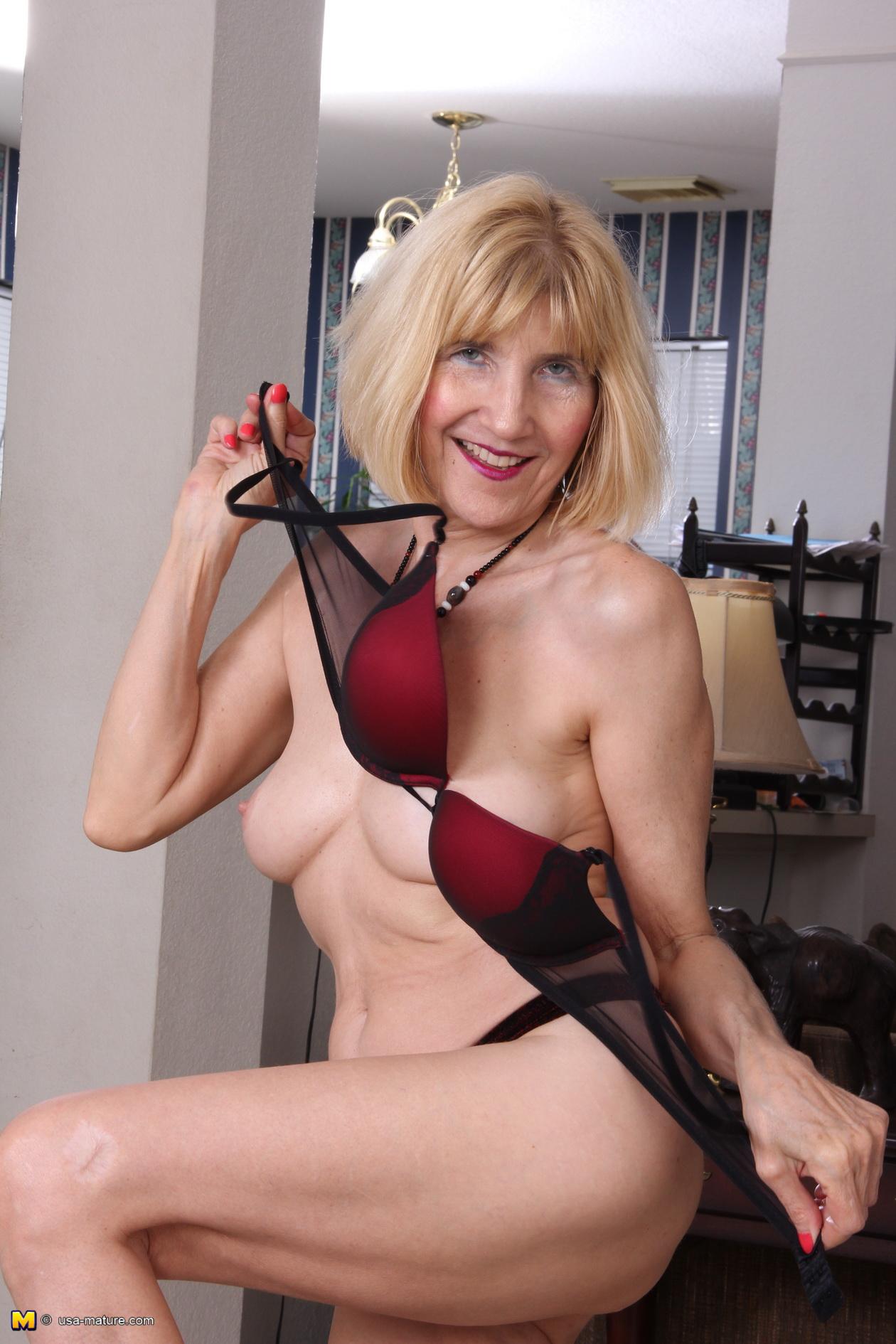 Big breast brunette model