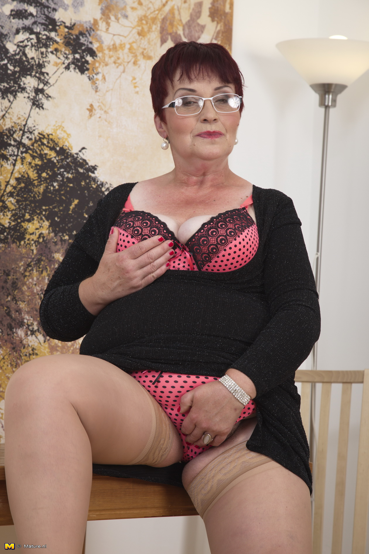 Mature chubby hairy pussy