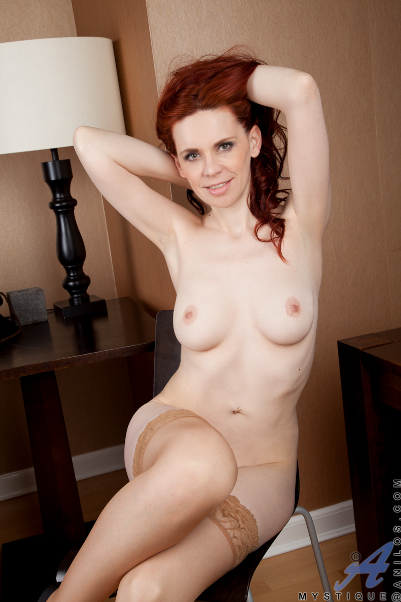 Strip natural redhead