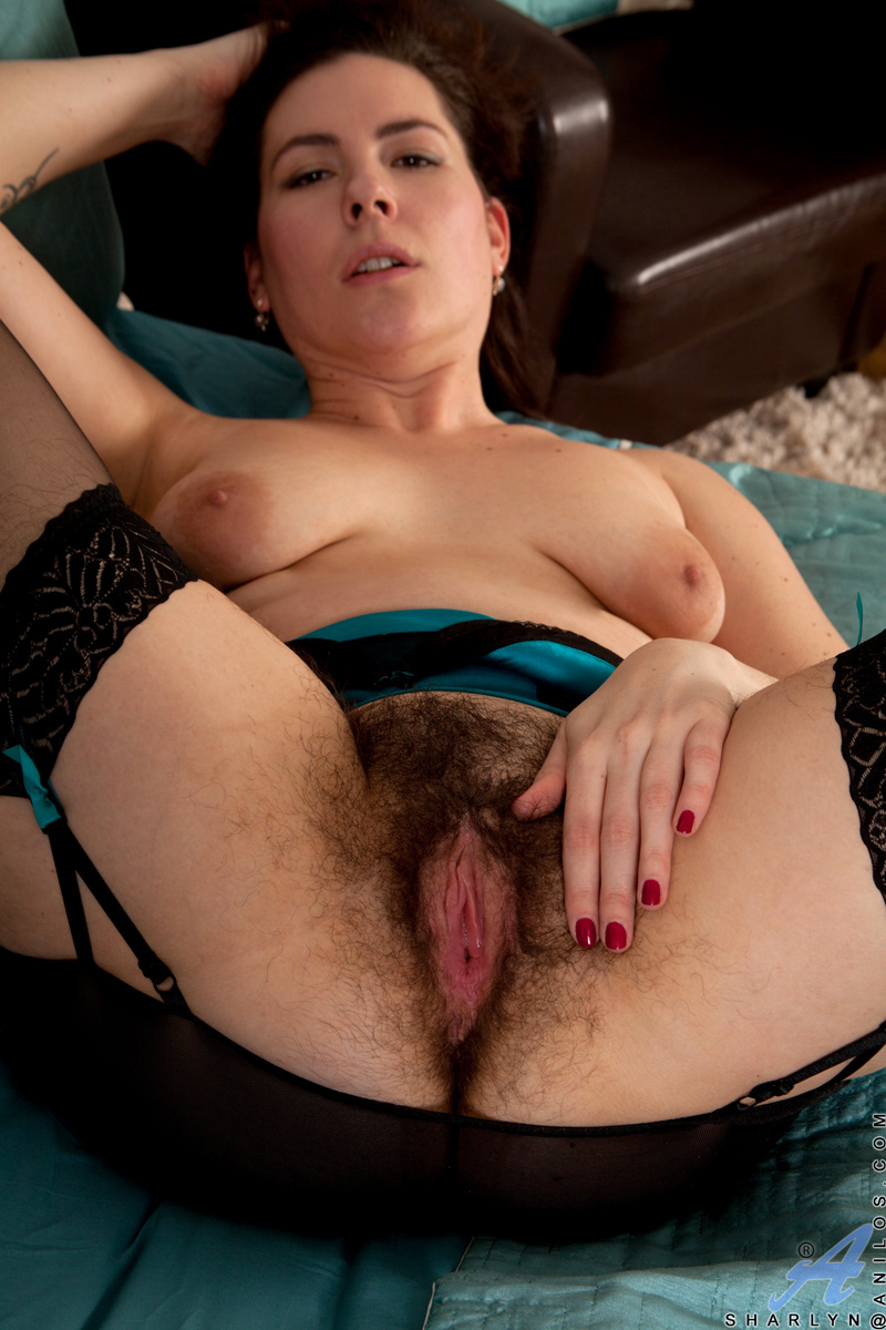 mature PUSSY FULL OPEN Seductive mature milf spreads open her sweet hairy pussy - HairyMania.com