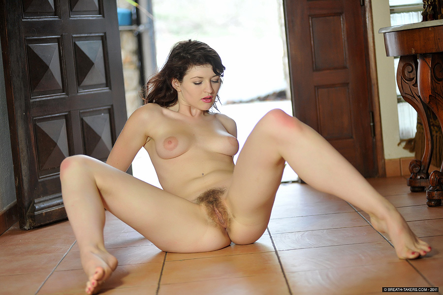 Sarah jones survivor playboy