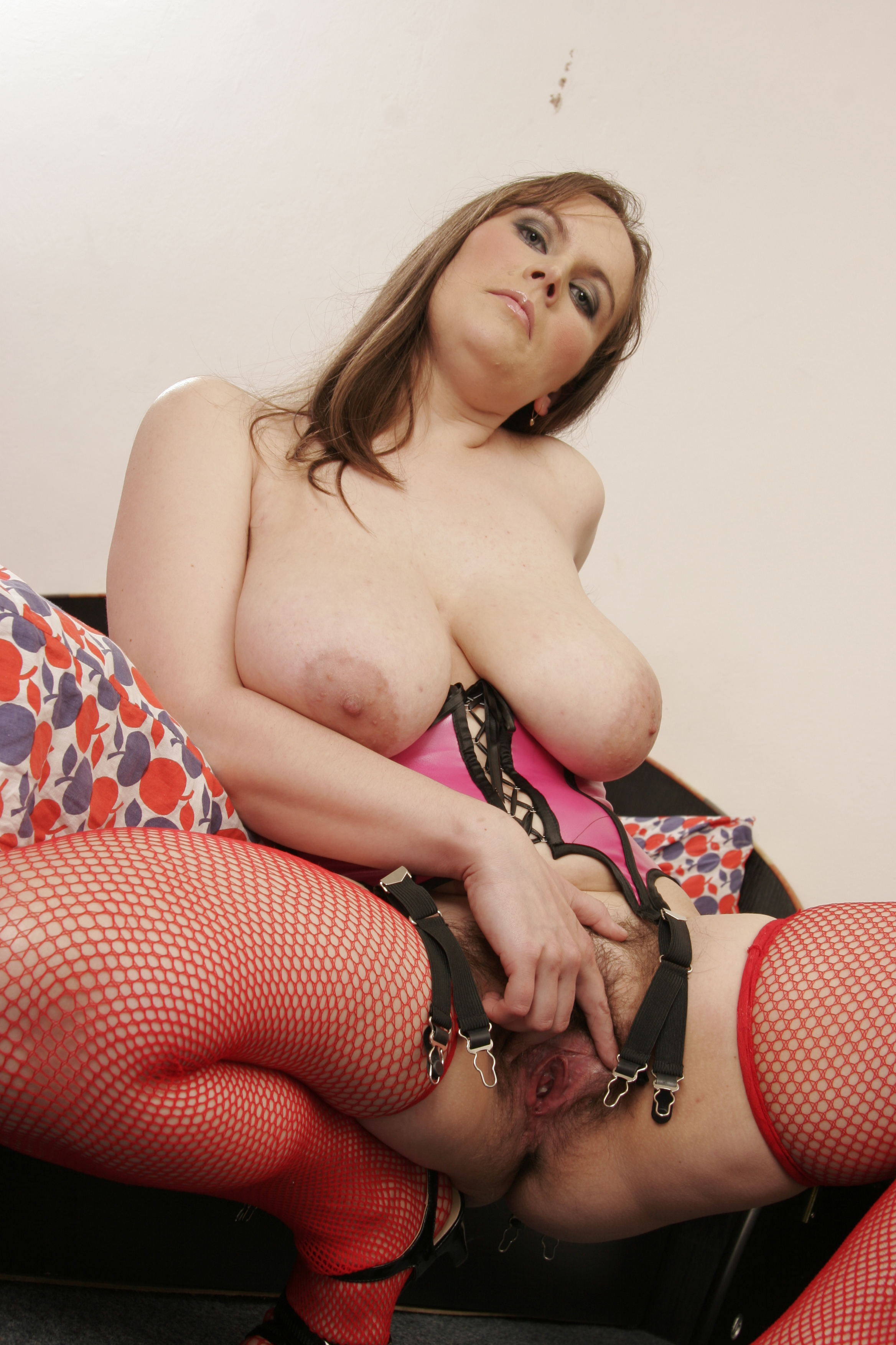 Hairy fuck bigtits