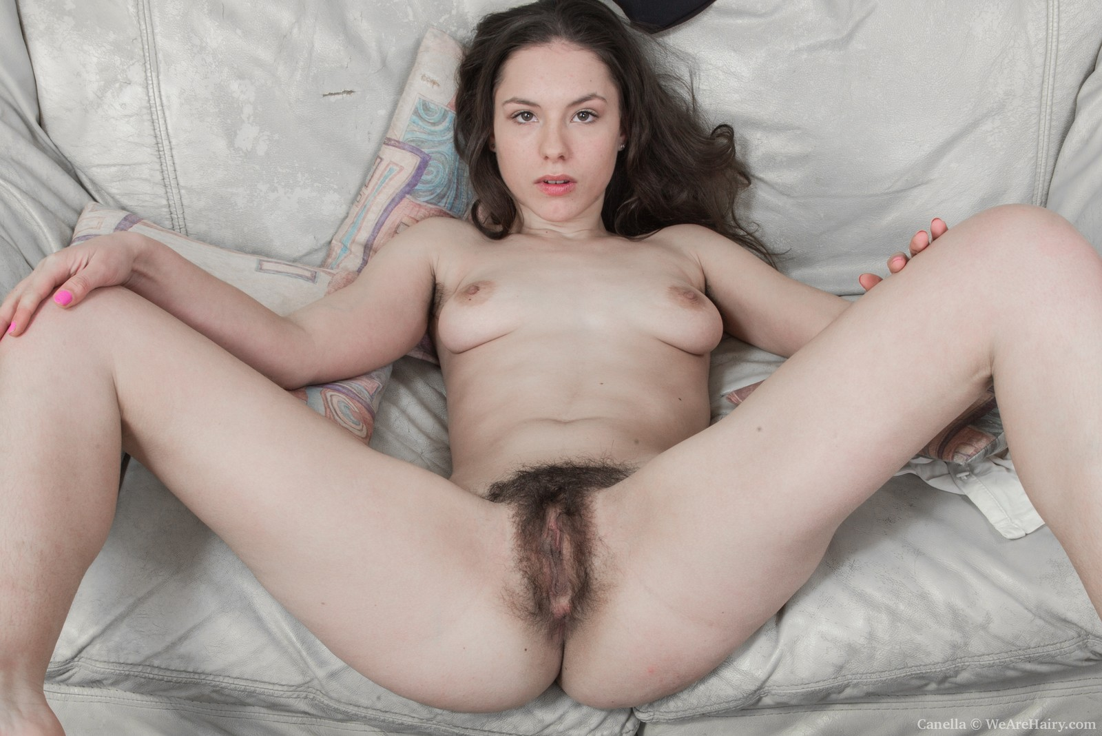 canella is beautiful in blue and naked too - hairymania